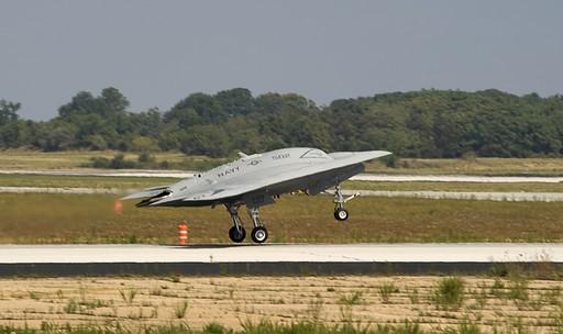 x-47b将是世界第一款无尾作战飞机和第