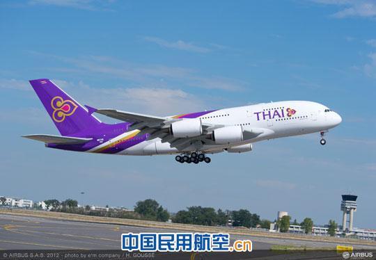 泰国航空公司总共订购了六架空客a380飞机,选用罗罗公司生产的遄达