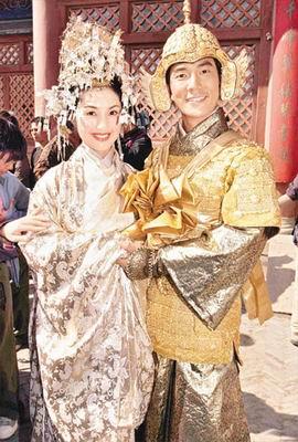 杨千嬅任贤齐拍《花好月圆》受伤(图)